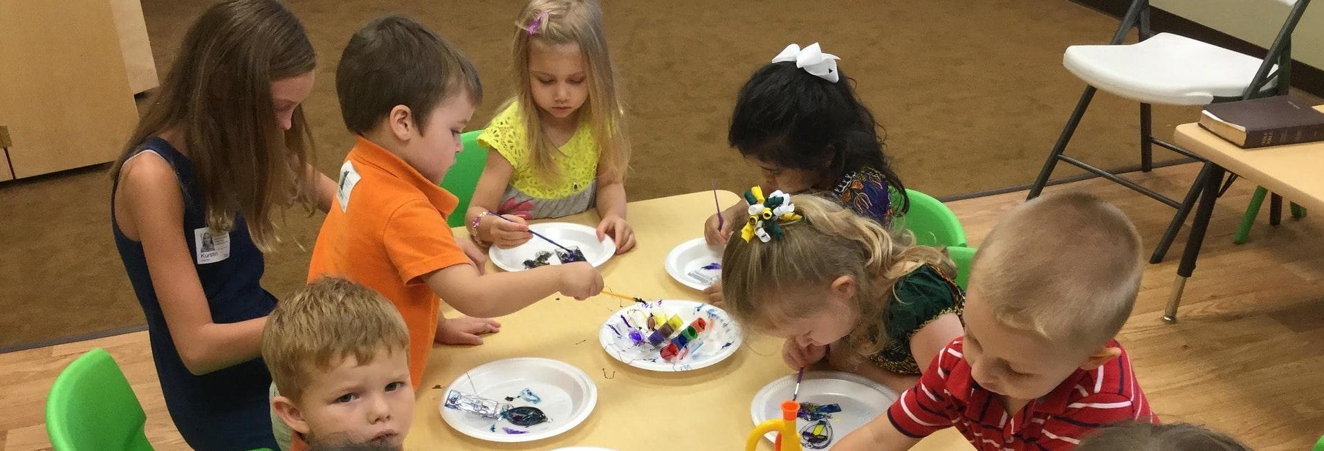 preschoolers-1191122_1920-min